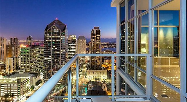Looking down on San Diego: the view from the top of Sapphire Tower