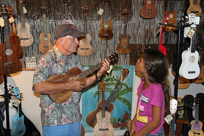 Dusty Best at Just Ukes in Kona, Hawaii