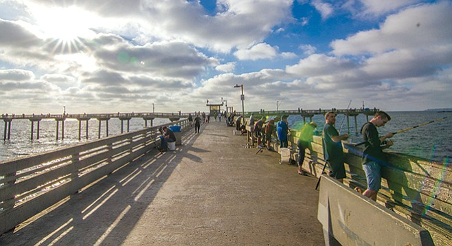 OB Pier. Because of its length, it puts you in the position to snag yellowtail, barracuda. - Image by Matthew Suárez
