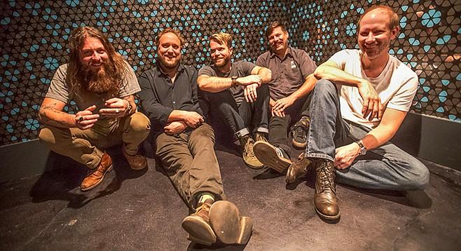Greensky Bluegrass —enveloped in adoration