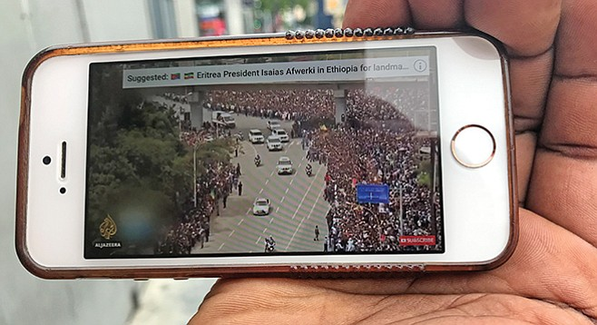 Driver shows scenes in Addis Ababa, Ethiopia, when Eritrean leader arrives
