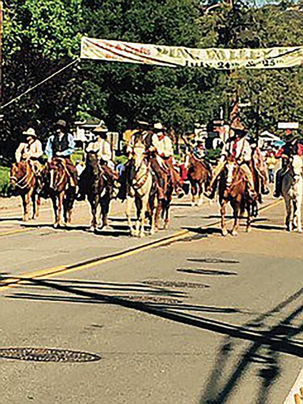 Pine Valley parade