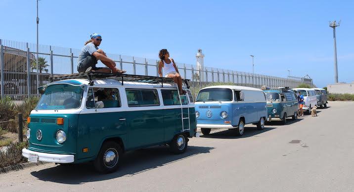 VW Bus caravan makes it to Border Field | San Diego Reader