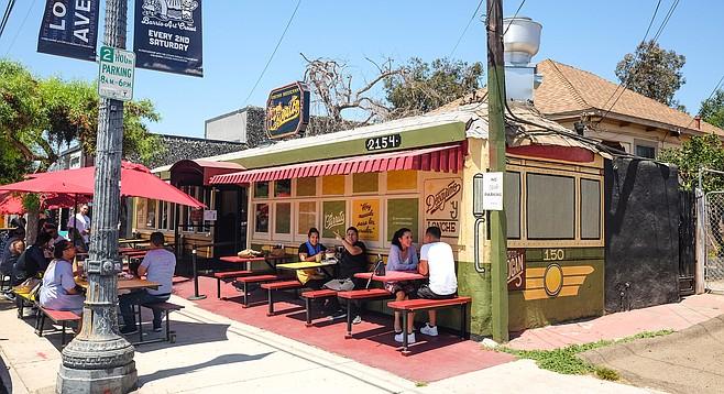 """El Carrito, a restaurant inside a """"little car"""""""