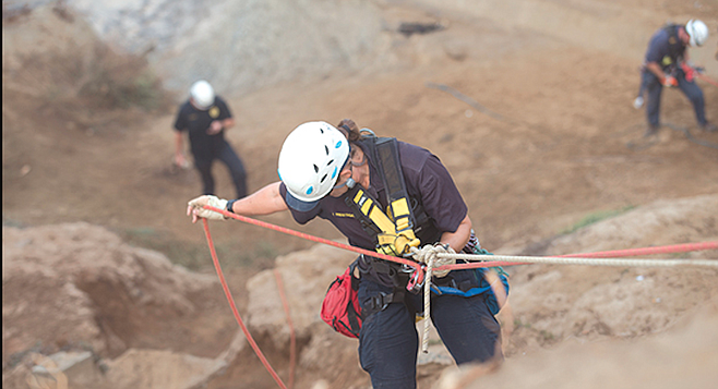 Cliff rescue training at Ladera Park