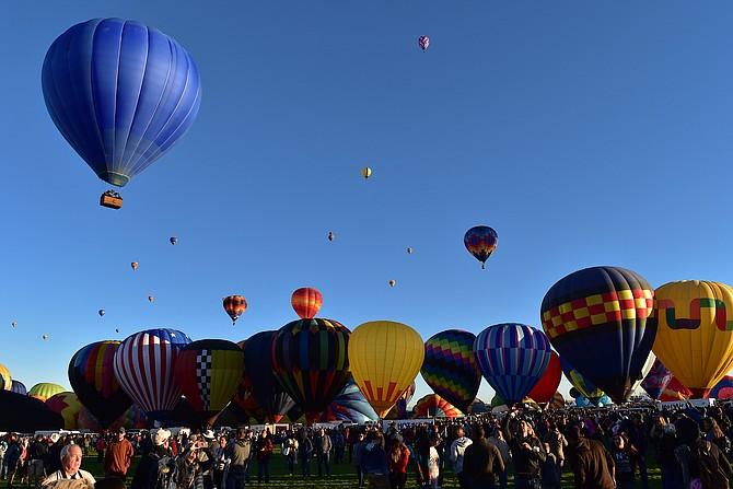 Opening morning at Albuquerque International Balloon Fiesta 2018, October 6, 2018