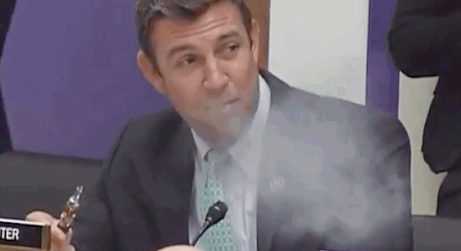 Hunter vaping at House hearing