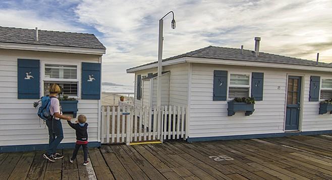 Crystal Pier Cottages
