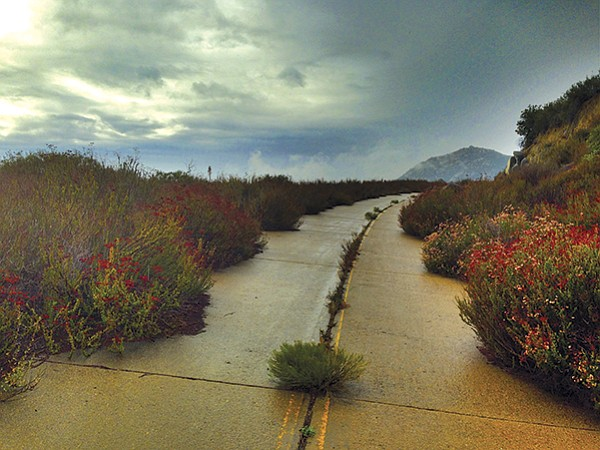 Stroll along Old Highway 80