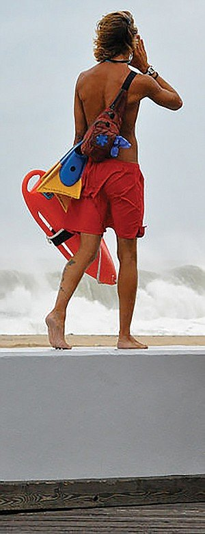 San Diego Lifeguards to the Rescue