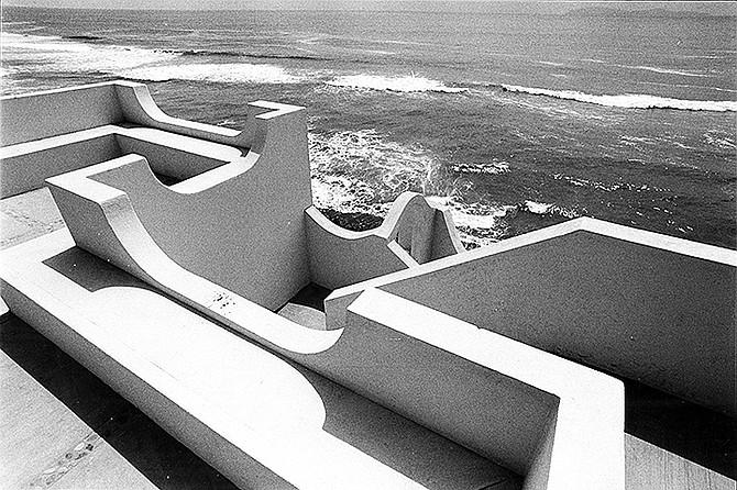 San Antonio del Mar's artistic design