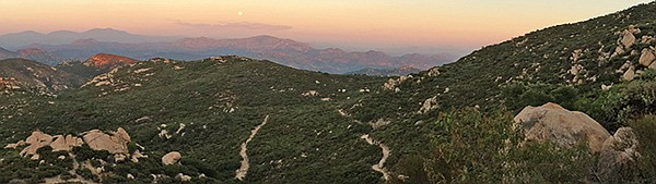 Full moon night hike at Iron Mountain