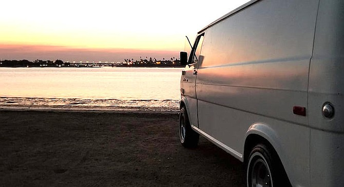 The vanners ended at Fiesta Island for a bonfire.