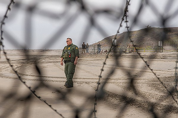 A migrant's-eye view across the border from Playas.