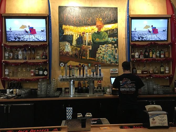 The bar at Surf Rider Pizza in La Mesa