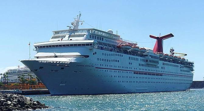 Raquel gave the Cruise Port of Ensenada a three star review.