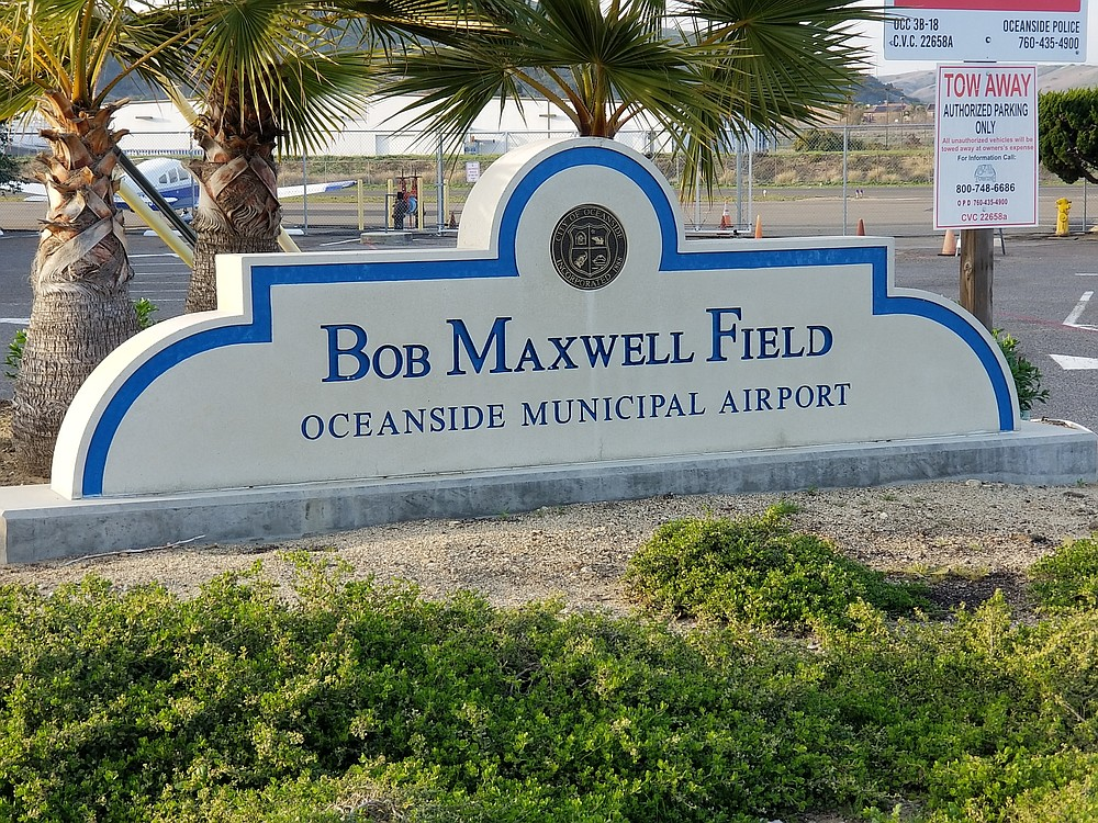 This airport is completely unregulated and without an air traffic control tower.