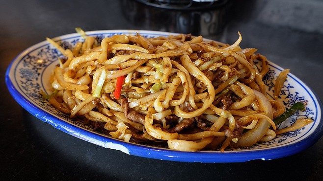 Hand-pulled noodles with sautéed cumin beef