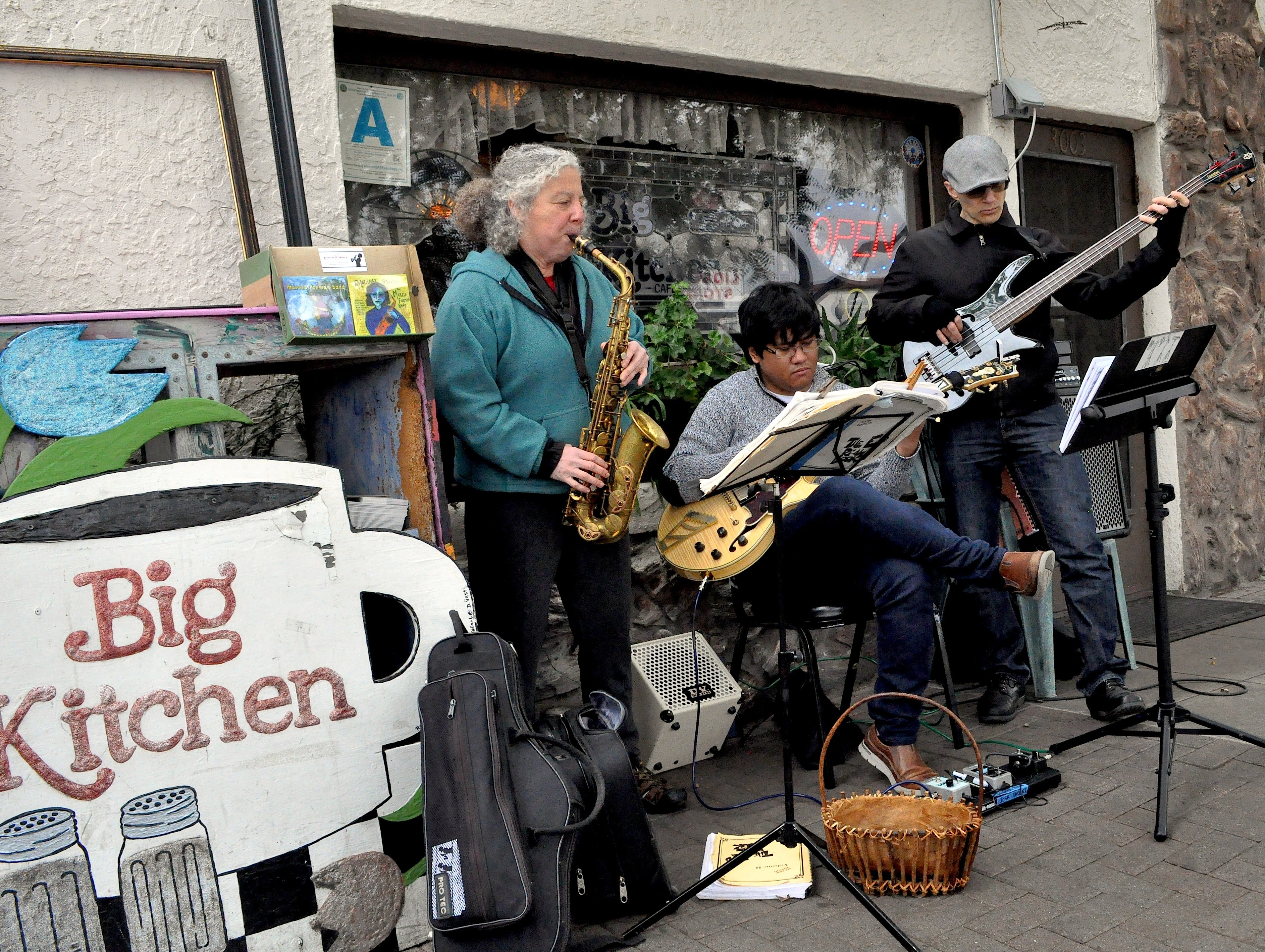 Marcia Foreman Band outside The Big Kitchen, South Park ...