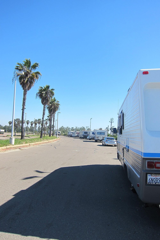 RVs along South Shore parking lot.