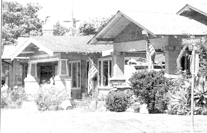 Homes on Ft. Stockton - Image by Sandy Huffaker, Jr.
