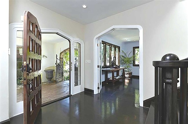 Old world craftsmanship on display in 3rd Avenue's arches and entry