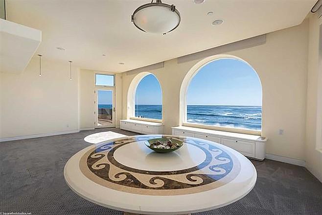 Ocean views from every room at Vista Del Mar