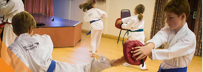 Professional trainers provide for your children to learn more related to kickboxing.