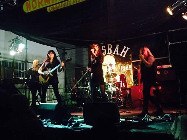 Dinettes at Casbah: Sue Delguidice, Diana Death, Doriot Lair, and Shannon Woods