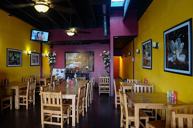 A casual restaurant in the Spring Valley/La Presa area