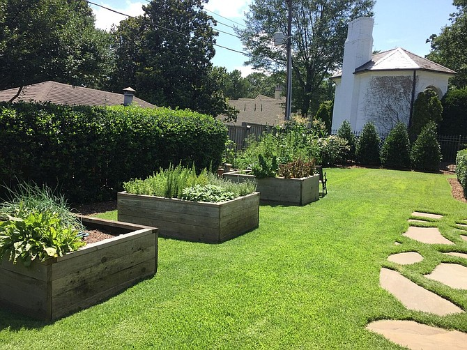 We are a company that works on being proactive. By choosing Coates you will receive a personal service that is uncommon in our industry. http://coatescompanyllc.com/services/landscape-maintenance/