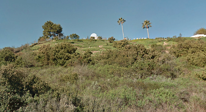 A mini observatory up on the hill at Regents and Pennant Way