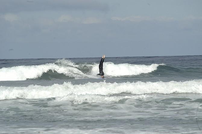 Headstand surfin'