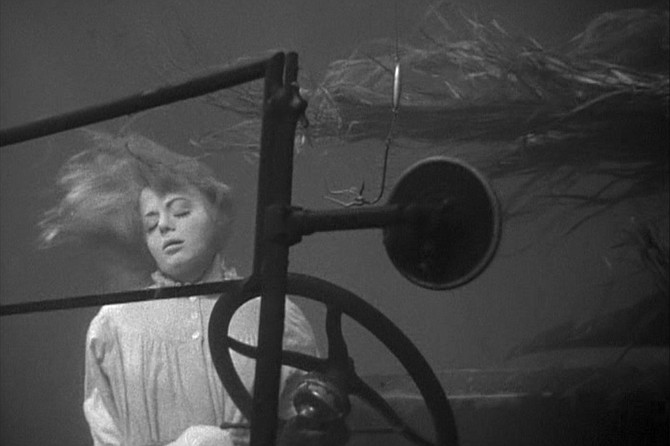 Night of the Hunter: Catch of the day: Shelley Winters
