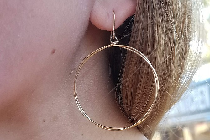 Boutique gold wire hoops