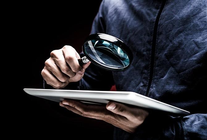 Privatetterforskere finner fakta om mennesker og ulovlig aktivitet og presenterer informasjonen for klienter. Det er flere typer private etterforskere. Noen jobber med produsenter og finansinstitusjoner, mens andre spesialiserer seg på rettsmedisiner eller undersøkelser for enkeltpersoner. For mer Klikk her  https://etterforsker1.no/