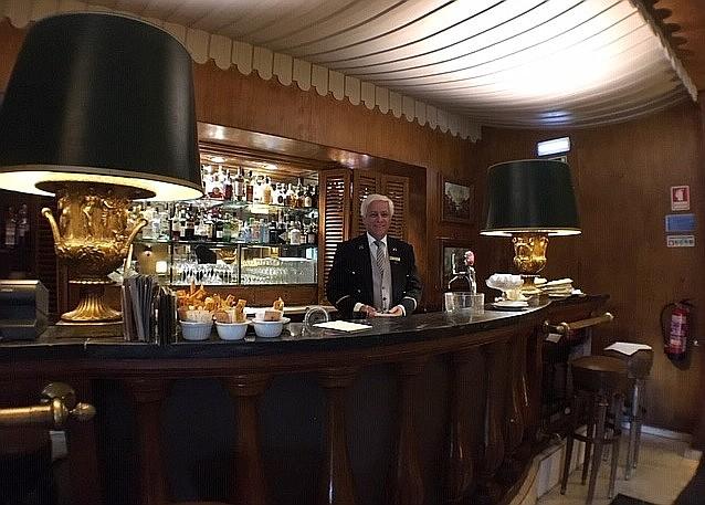 Jose Diogo Vieira at Palacio Estoril bar.