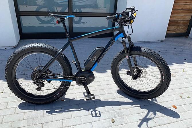 The Felt brand bike is powered by a 350-watt motor.