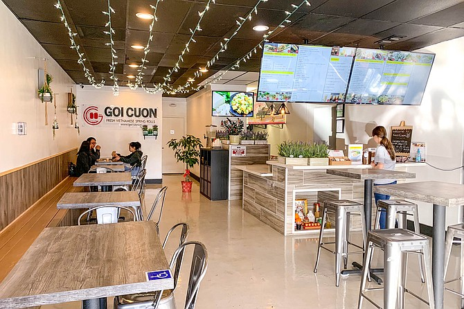 Inside Goi Cuon