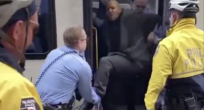 Bus passenger in Philadelphia arrested by police for not wearing mask