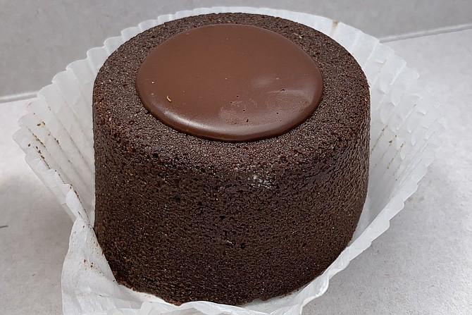 Decadent, gluten-free lava cake