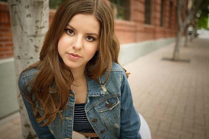 Bella Kaye
