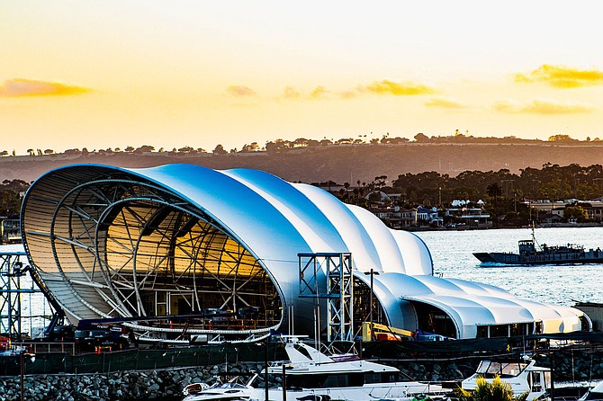The Shell has an element of the Sydney Opera House.