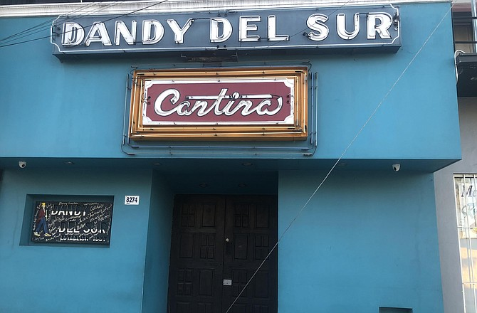 The security guard at Dandy del Sur, a cantina on Calle Sexta, told me they were at capacity and didn't let me in.