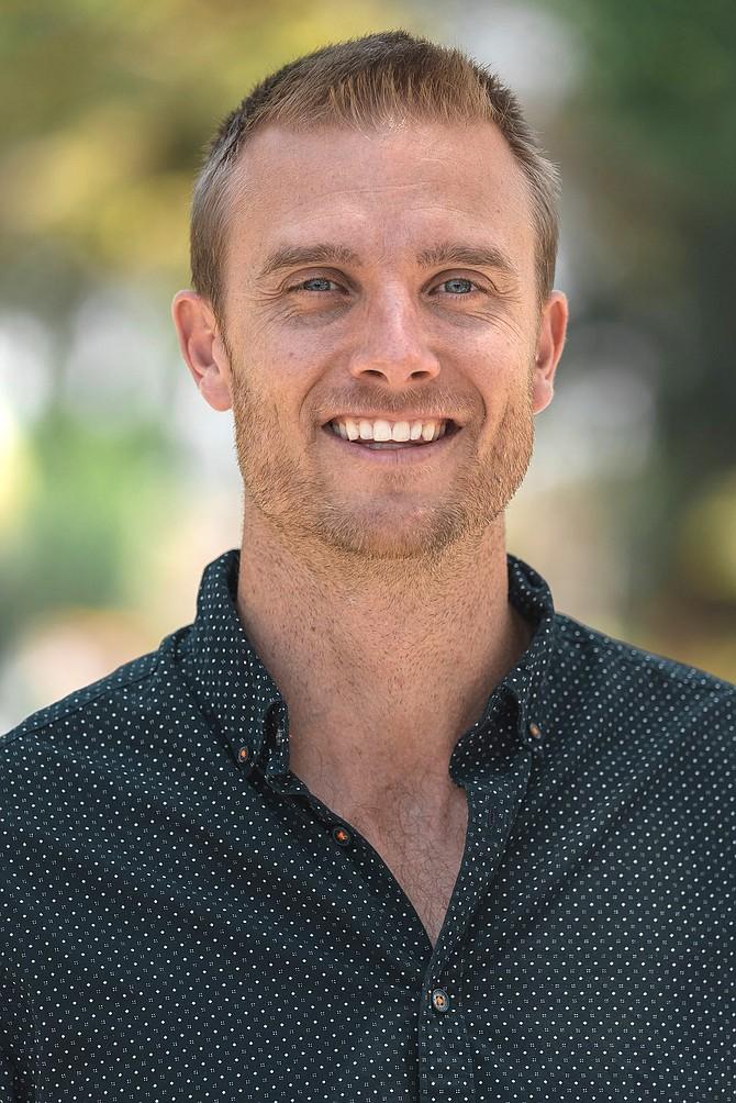 Nolan Lee