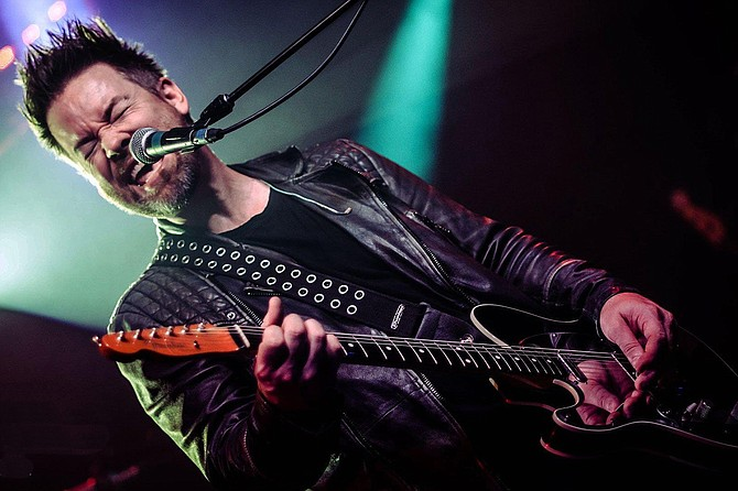 David Cook presents his first full-band show in over a year and is pleased to bring new songs, new arrangements, and many fan favorites during this three show series.