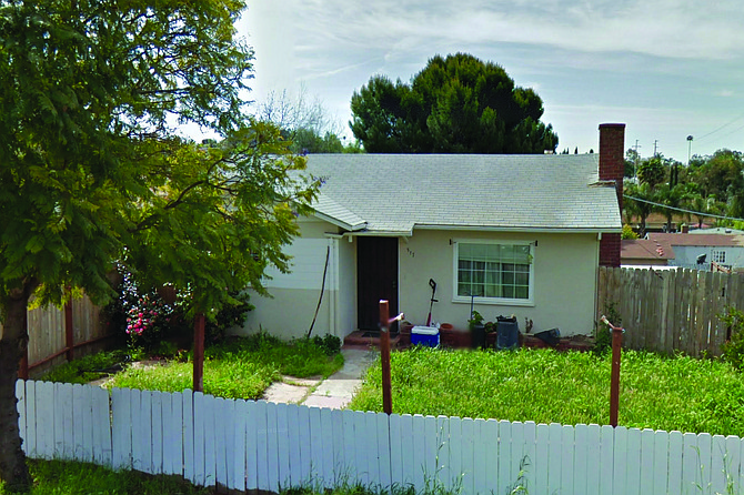 """Google Street View images of 317 East Fallbrook Street, from 2012 and 2020. Described on Zillow as a """"charming Fallbrook home [within] walking distance to downtown,"""" this three-bedroom, two-bath home, with 925 square feet of living space, last sold on January 8, 2021 for $515,000."""