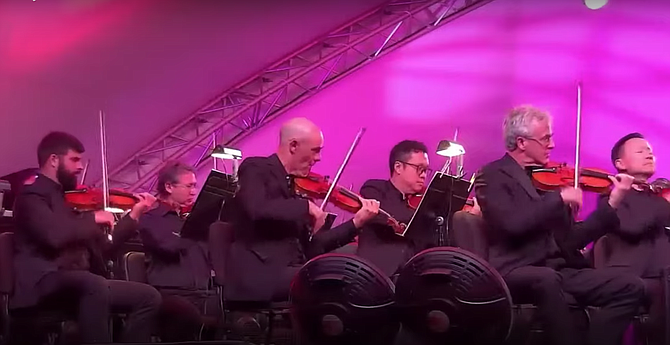 The Mainly Mozart strings more than handled the technical elements of Elgar's music.