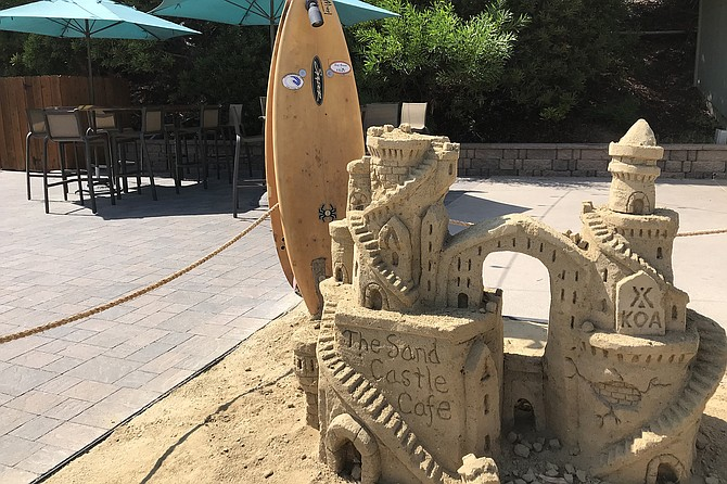 The entrance to the Sand Castle Cafe.