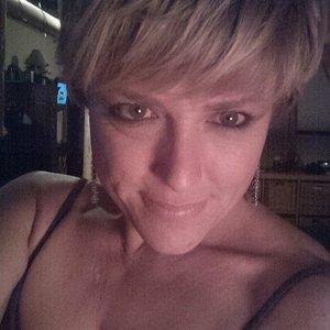 chele66's avatar